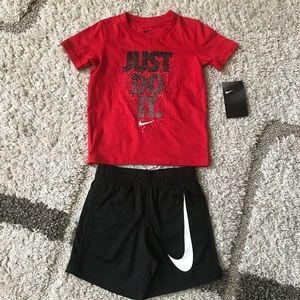 Nike Toddler boys!